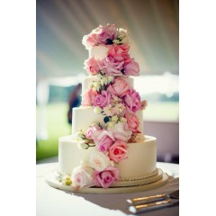 Beautiful Rose Birthday Cake