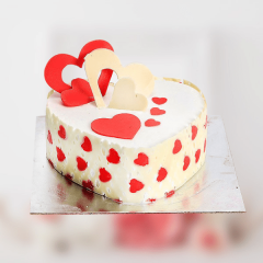 Heart Shaped Cream Cake