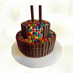 2 Layer Kitkat Cake